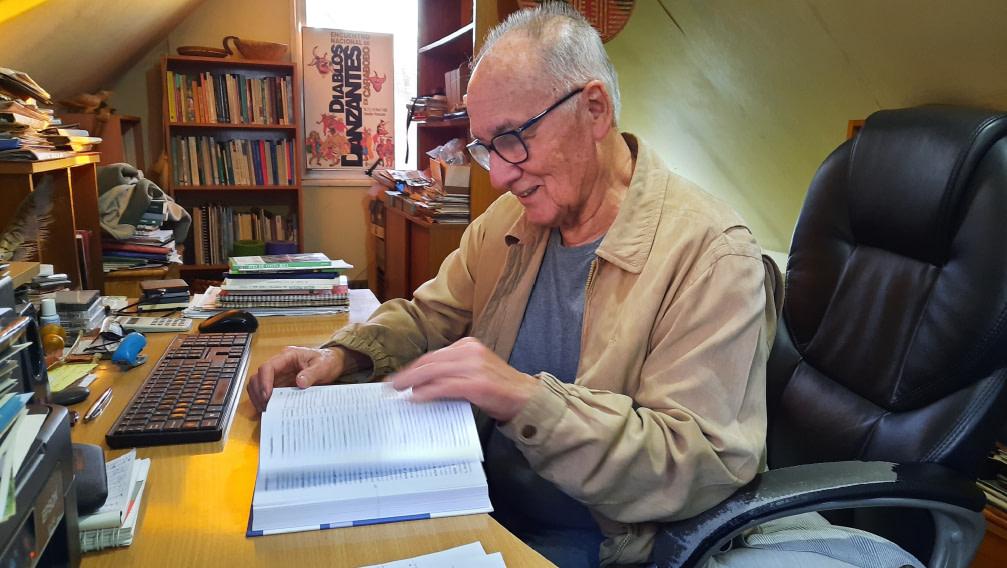 Facultad de Ciencias Agronómicas despide al profesor Roberto Hernández Aracena.